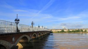 Pont de pierre Bordeaux by AuroraxCore