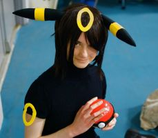 Umbreon: Trainer's Best Friend by AnyaPanda