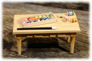 Minitisch + Garnspulen / Mini table + yarn spools by Lederkram-de