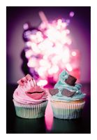 Mr. and Mrs. Cupcake by hyouro