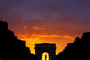 Arc de Triomphe Silhouette by alahay