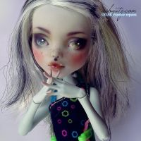 Monster High Frankie Stein Repaint 1 by AshGUTZ