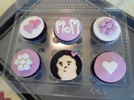 Mother's Day Cupcakes 2 by PnJLover