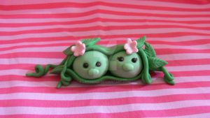 Mr and Mrs Ha Pea cake topper by laylah22