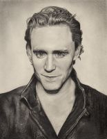 Tom Hiddleston by patricemarie