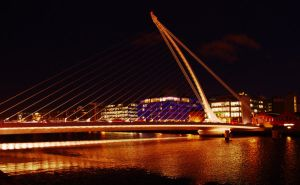 Samuel Beckett bridge at night by byMean-Machine