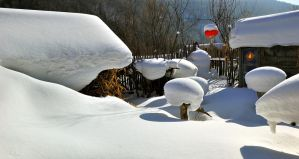 Snow Villedge, China by laogephoto