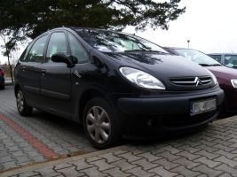 Citroen Xsara Picasso by Abrimaal
