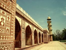 Jahangir's Tomb Lhr by pakistanis