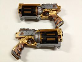 Matching pair of Steampunk revolvers by Propagations
