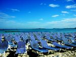 Deck Chair Horizon by AlanSmithers