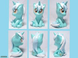 Sitting Lyra Sculpt by CadmiumCrab