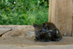Mouse Statue by dseomn