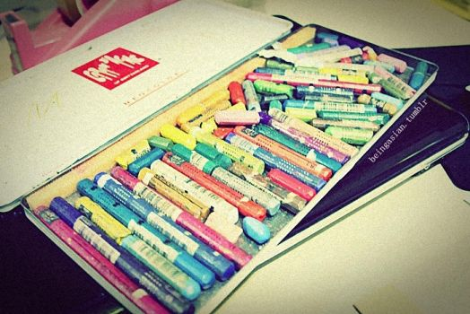 le crayons by nadyaiueo