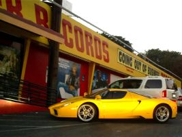 Ferrari Enzo at closeout sale? by Partywave