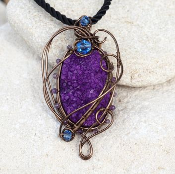 Purple druzy agate wire wrapped pendant by IanirasArtifacts
