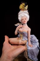 ooak Marie Antoinette sculpture artdoll in my hand by incantostudios