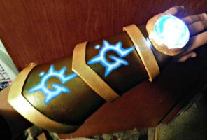 Finished Ezreal Glove! by xXSora500Xx