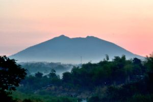 Misty Arayat Philippines by TomKilbane
