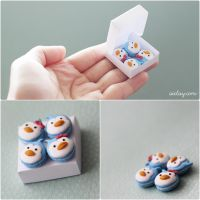 miniature penguin macarons. by Aiclay