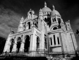 Black'n white Sacre-Coeur Basilica (Paris) by Cloudwhisperer67