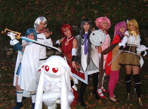 Group of Madoka by Dia-Rei