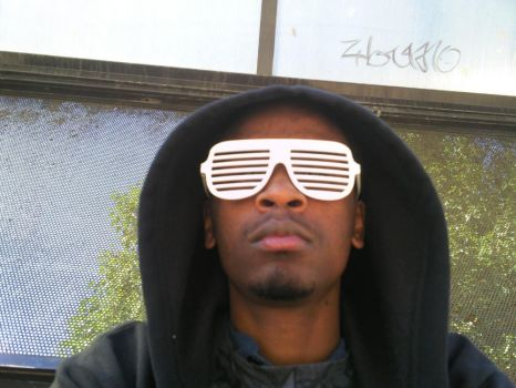 Me Shutter Shades by Teoxis
