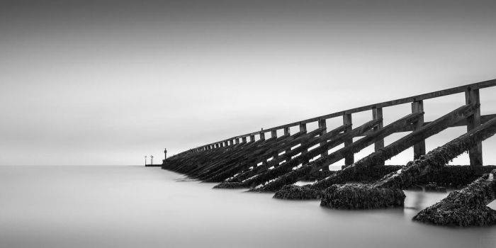 The Sea Wall by AntonioGouveia