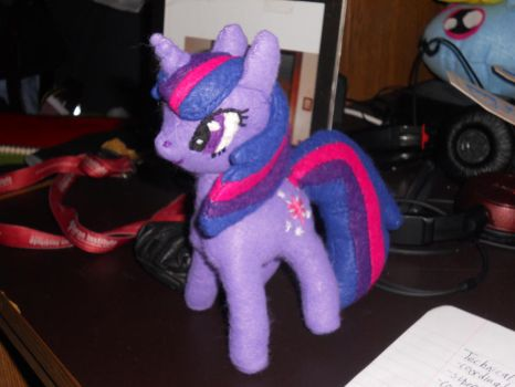 Twilight Sparkle Plushie: Finally Done by jrk08004