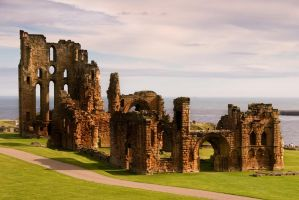 Ruins of Tynemouth Priory by Acuas