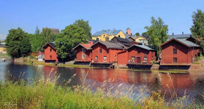 Porvoo Old Town by Pajunen
