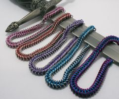 Chainmaille group by Utinni