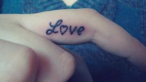 tatoo love by Corallline