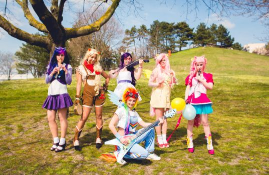 Friendship is Magic Music Band! by NikitaCosplay