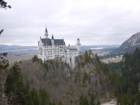 Neuschwanstein by KIRBY19