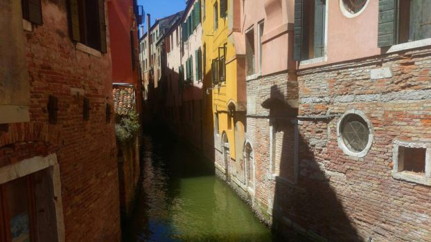 Venice  by oxeax