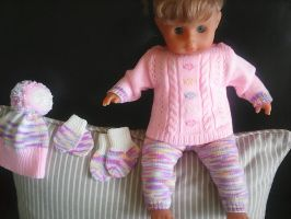 Knitted Set for Baby Doll by ToveAnita