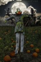 Love conquers all, even the fear of a scarecrow by SlichoArt