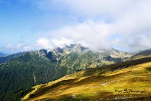 Parang Mountains by firefly994