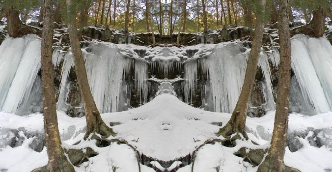 Icicle Falls by xAccidentalArtistx