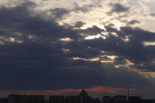 Dramatic clouds3 by kakbybe