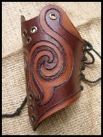 Tribal bracer by morgenland