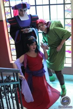 The hunchback of Notre Dame group - Disney by yunekris