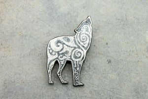 Silver Wolf Brooch by hontor