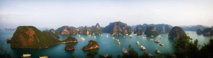 Ha Long Bay by smoothpappa