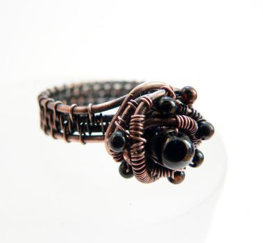 Black onyx ring by Kreagora