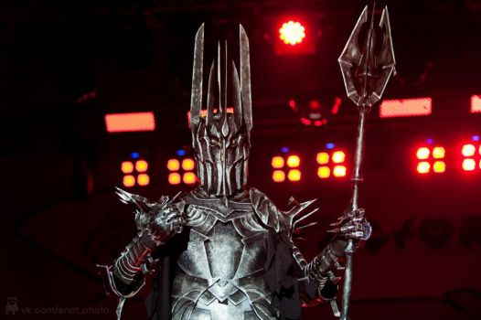 Sauron cosplay by EnotArt