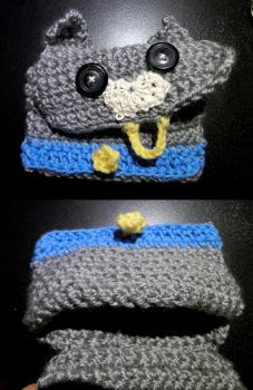Crochet--cat pouch by MiraMonochrome