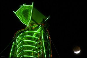 The Man and the moon, Burning Man (2007) by hoshq