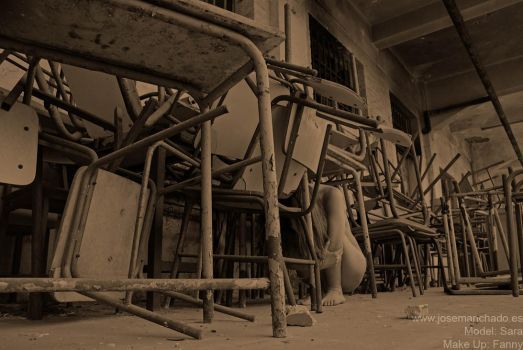 the place of the dead chairs by josemanchado